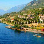 Кътчета от Рая: Италиански езера със самолет и автобус