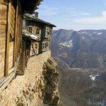 "Гложенски манастир,екопътека ""Под пръските на водопада"""